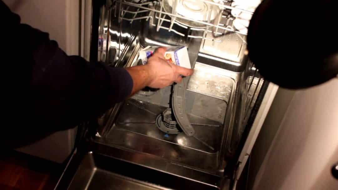 Как почистить посудомоечную машину в домашних условиях 60