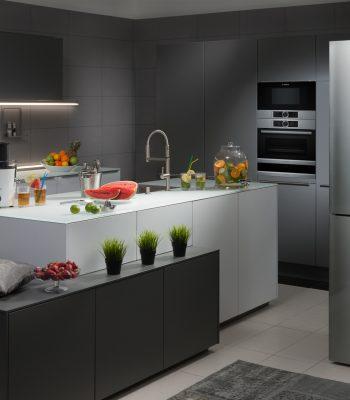 Сколько потребляет холодильник электроэнергии в час в ваттах