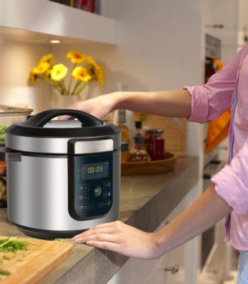 Какая температура и давление внутри скороварки во время готовки