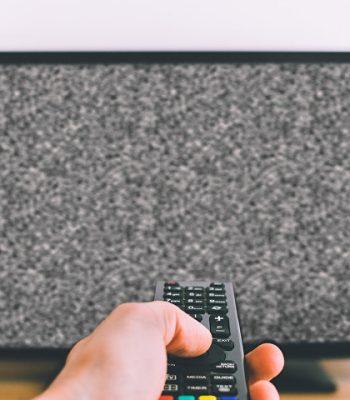 Что делать, если на экране телевизора появились полосы, рябь и другие помехи