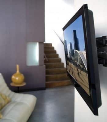 Инструкция по установке телевизора на стену с кронштейном и без него