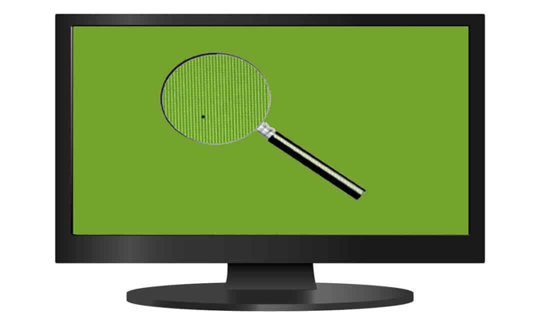 Черный битый пиксель на экране телевизора
