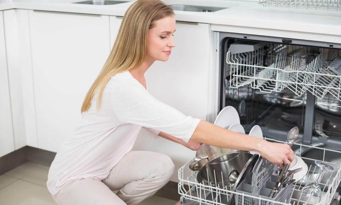 Неприятный запах в посудомоечной машине