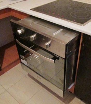 Установка электрической встраиваемой духовки самостоятельно
