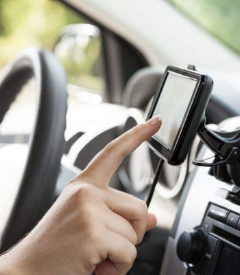 Как пользоваться GPS-навигатором в автомобиле