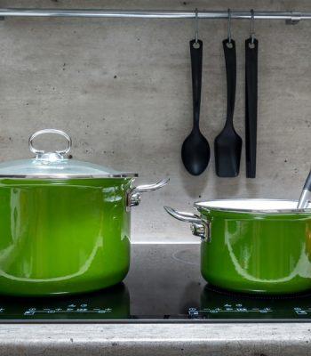 Какая посуда подойдет для индукционной плиты