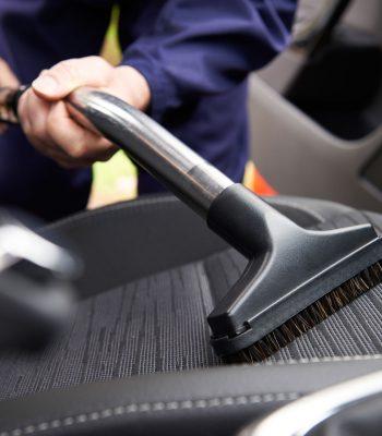 Как выбрать автомобильный пароочиститель