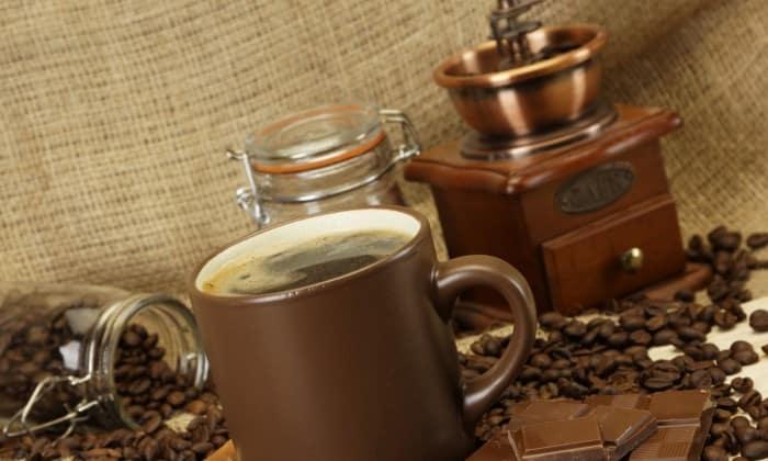 Жерновая кофемолка кофе