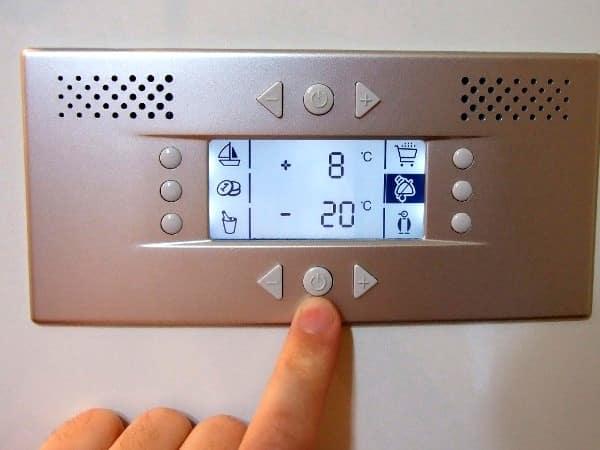 Как замерить температуру в холодильнике