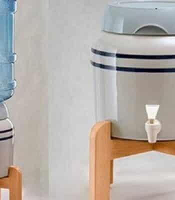 Преимущества и недостатки кулеров для воды без нагрева и охлаждения